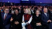 Ehrung in Davos: Elton John erhält Crystal Award