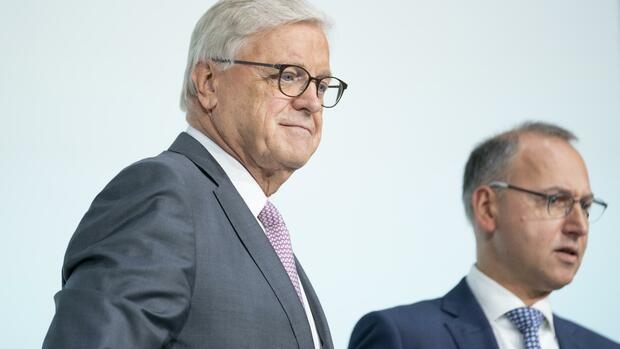 Werner Wenning: Signal an die Investoren: Bayer-Chefaufseher legt Amt vorzeitig nieder