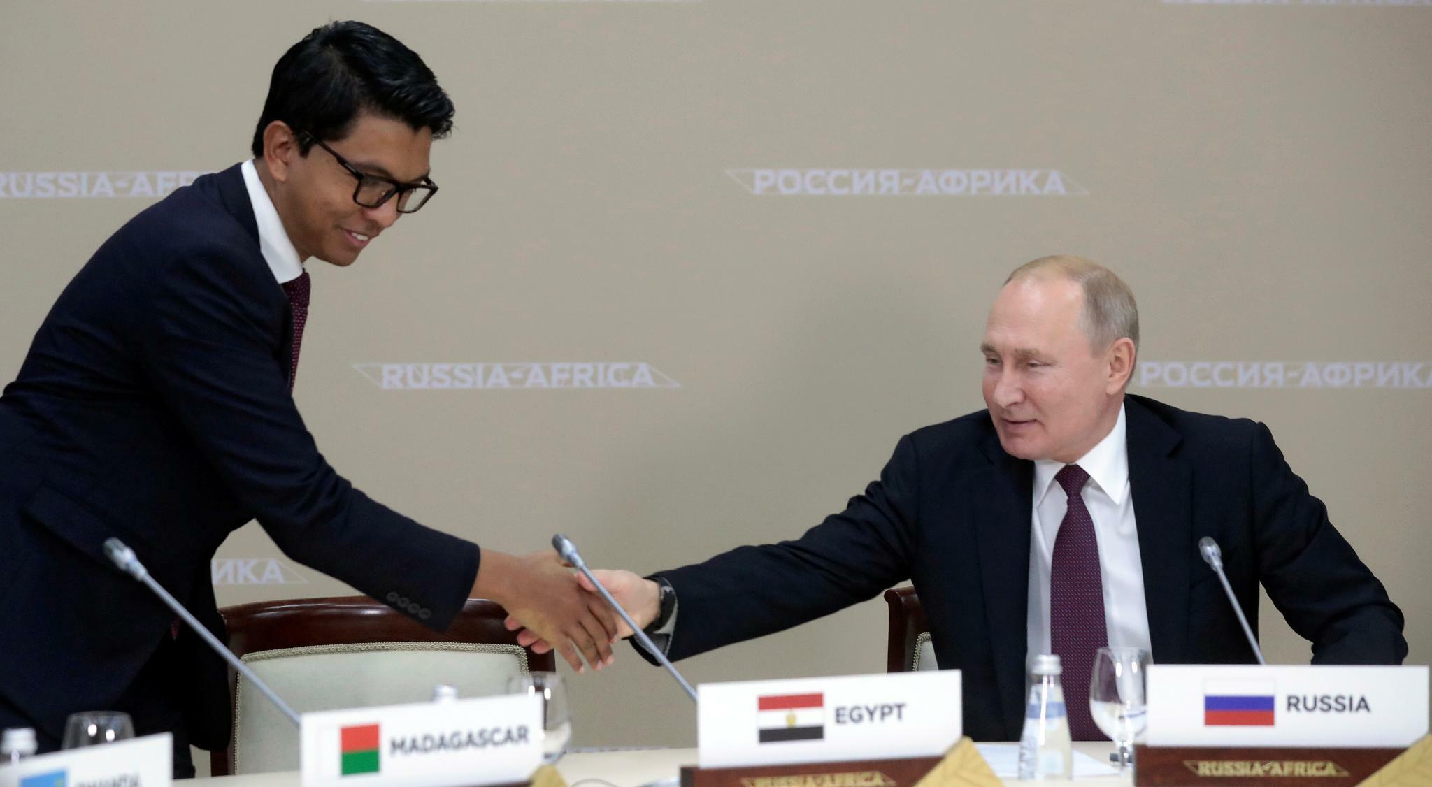 Russland und Afrika: Es geht um Macht, Waffen und Rohstoffe