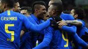 Fußball: Brasilien schlägtRussland - Frankreich verliert