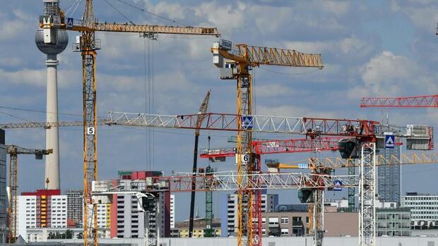Wirtschaft, Handel & Finanzen: 2018 entstanden nur 27.000 neue Sozialwohnungen
