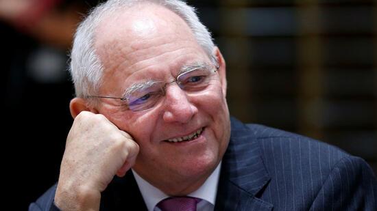 Schäuble befürchtet kein Minus im Haushalt