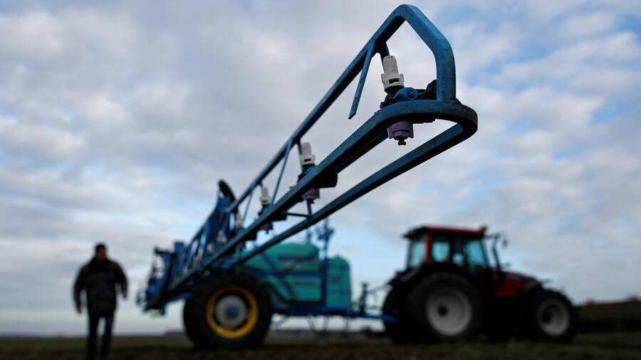See you in court: Bayer takes on legal risk in US trial of