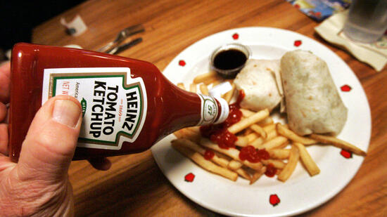 neuartige beschichtung da flie t das ketchup garantiert aus der flasche. Black Bedroom Furniture Sets. Home Design Ideas