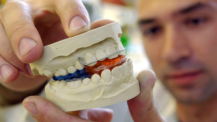 Zahnarztkosten steuerlich absetzbar