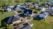 Handelsblatt testet: Eigenheimkäufer sollten bei der Finanzierung nicht nur auf die Zinsen achten