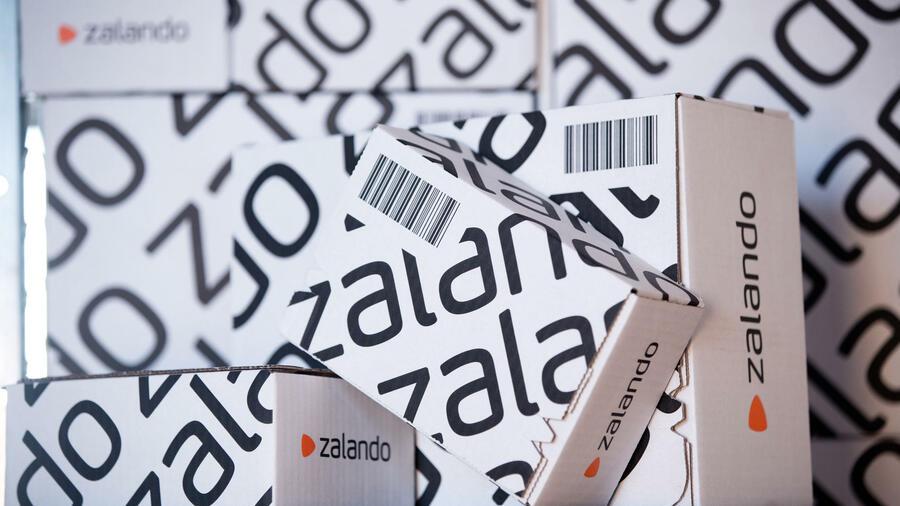 c2a82d5fd375f6 Der Online-Händler will eine Technologieplattform für Mode werden. Quelle   dpa. Zalando