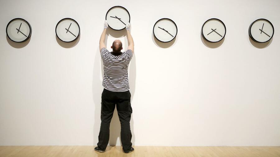 EU schafft Zeitumstellung ab: Was heißt das jetzt?