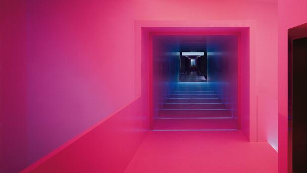 zumtobel leuchtenhersteller schraubt gewinnerwartungen zur ck. Black Bedroom Furniture Sets. Home Design Ideas