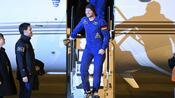 Nach Rückkehr aus dem All: Der Weltraum steckt Astro-Alex noch in den Knochen