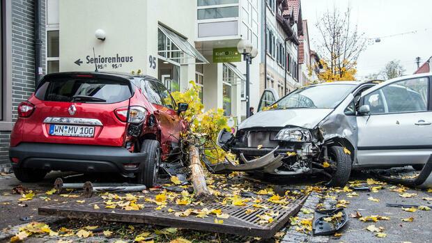 Diebstahl Aus Zelt Versicherung : Unfall und diebstahl was die kfz versicherung zahlt